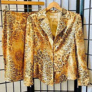 Escada Cheetah Print Skirt Jacket Suit 38 8